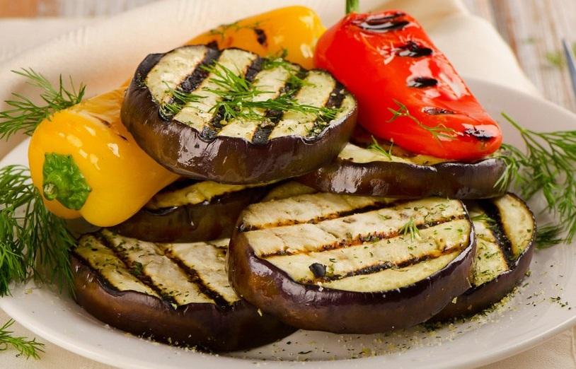 cocinar verduras al horno prepara una deliciosa
