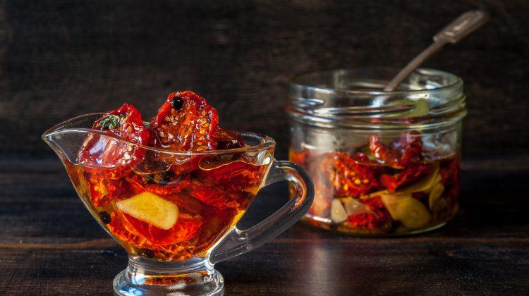 Conservar tomates deshidratados