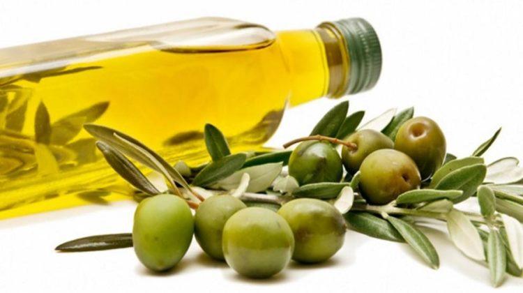 Desmaquillante natural, aceite de oliva para desmaquillar, desmaquillarse con aceite de oliva