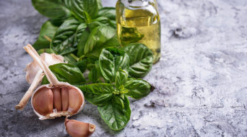 Beneficios del aceite de oliva con ajo